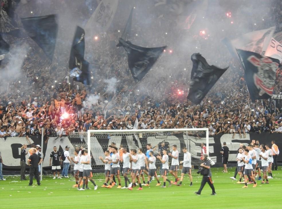 Segundo a pesquisa do Datafolha, Corinthians tem 14% da torcida no Brasil (Foto: Bruno Cassucci)