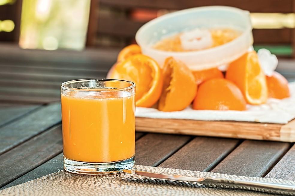 Sucos de frutas para enfrentar o calor estão mais caros. — Foto: Divulgação