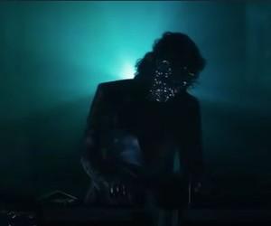 Michael Jackson está vivo? Videoclipe do popstar The Weeknd bota fogo em teoria da conspiração