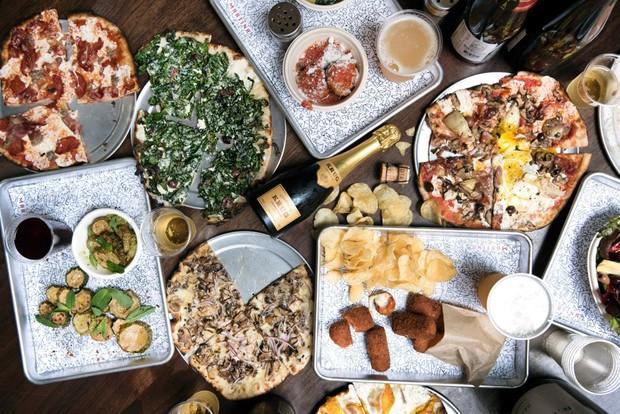 19 lugares incríveis para comer pizza em Nova York (Foto: Liz Clayman)