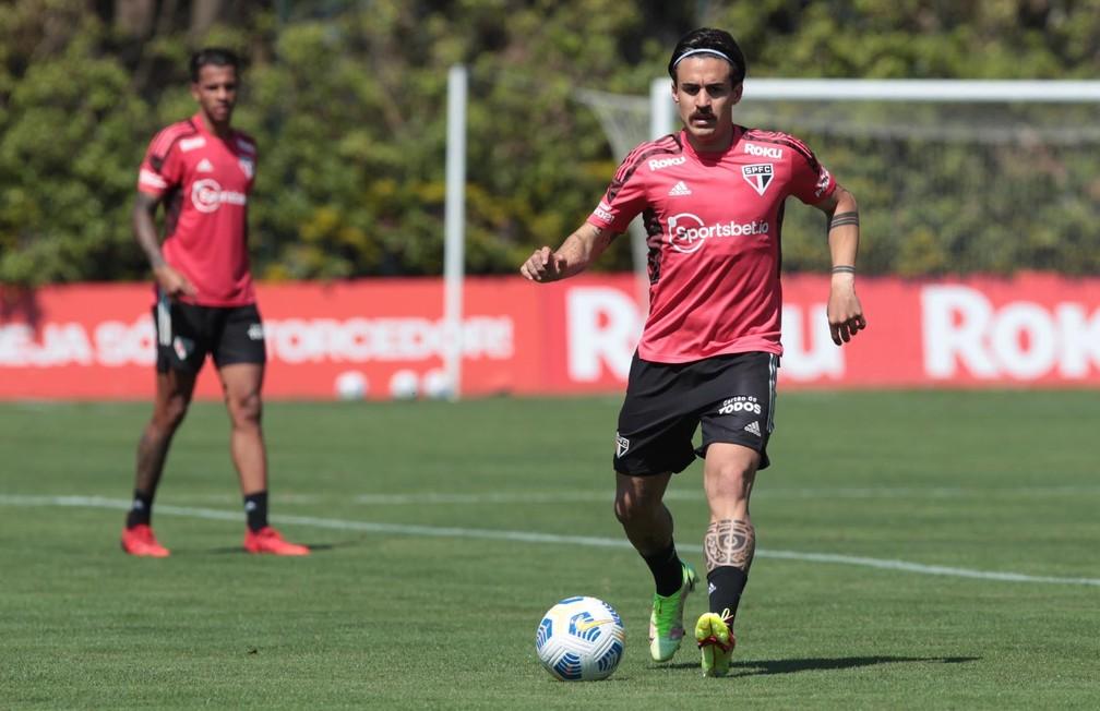 Gabriel em jogo-treino pelo São Paulo — Foto:  Rubens Chiri / saopaulofc