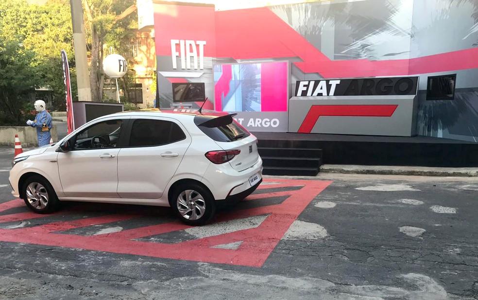 Brothers realizaram a Prova do Anjo Circuito Fiat em um modelo Argo — Foto: Fernanda Almeida / Gshow