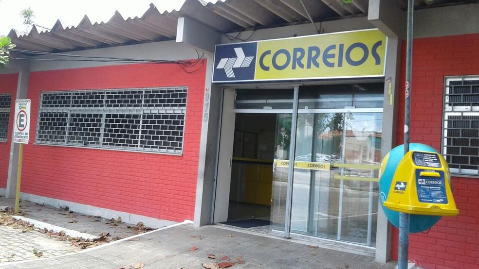 Agência dos Correios, de Nova Descoberta, em Natal, funcionou normalmente na manhã desta segunda (12) (Foto: Flávio Muniz/Inter TV Cabugi)