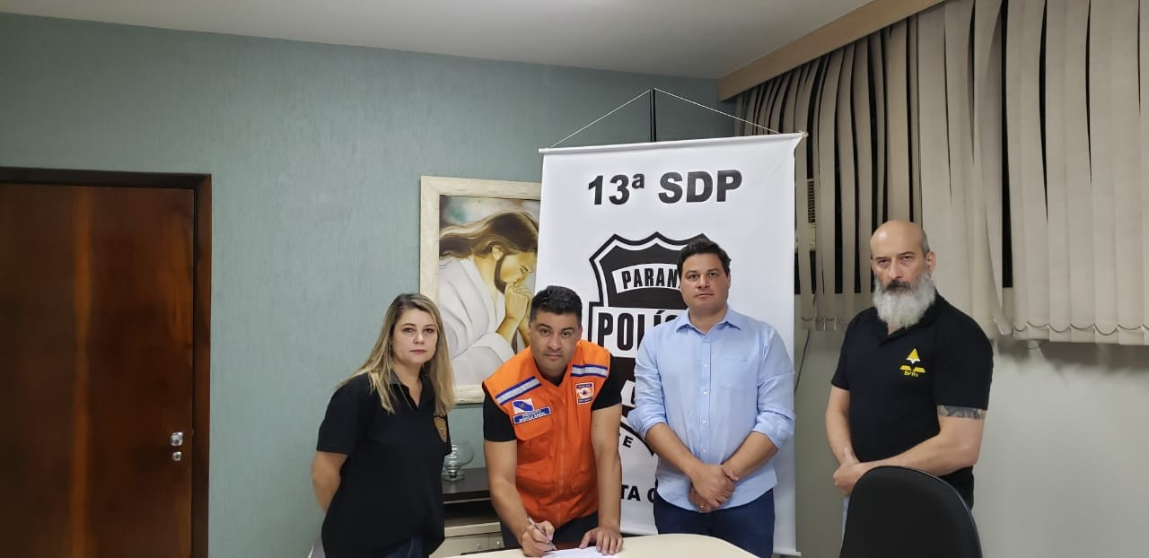 Polícia Civil investiga incitação ao crime e 'fake news' após manifestação pela reabertura do comércio, em Ponta Grossa