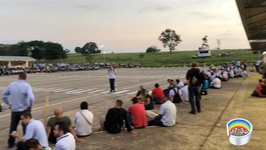 GM negocia redução de piso salarial e terceirização em plano de reestruturação em São José