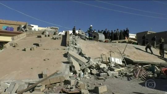 Terremoto no Irã deixa mais de 400 mortos e sete mil feridos