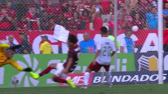 Análise: bipolaridade entra em cena, Flamengo diminui de voltagem e sofre com o Flu