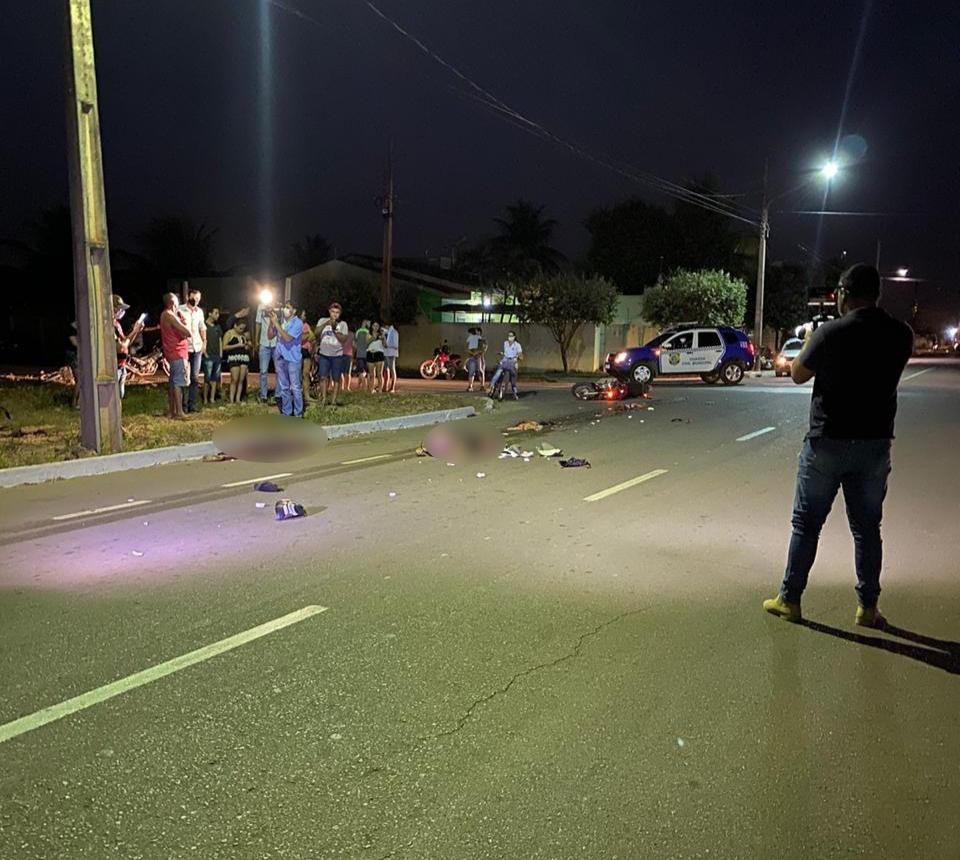 Motociclista e garupa morrem ao serem atingidos por carreta em MT