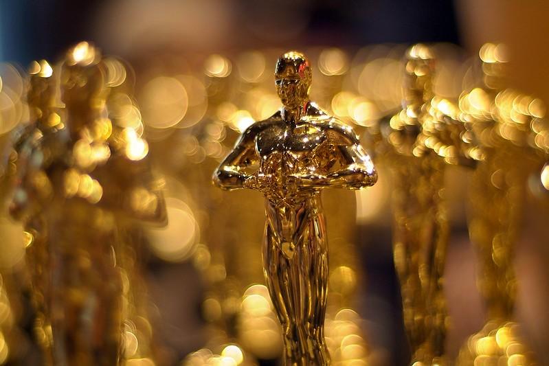 Como funciona a escolha dos nomeados ao Oscar? Acima, na imagem, estatueta reluzente do prêmio de cinema (Foto: lincolnblues/Flickr)