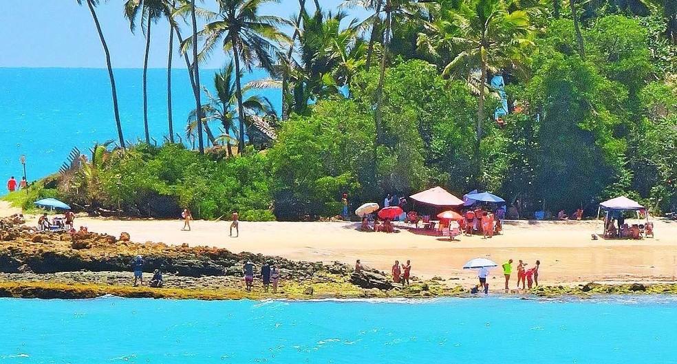 Praia de Coqueirinho fica localizada a 35 km de João Pessoa — Foto: Eduardo Fechine