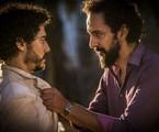 Lee Taylor e Irandhir Santos em cena de 'Velho Chico' | Inácio Moraes/Gshow