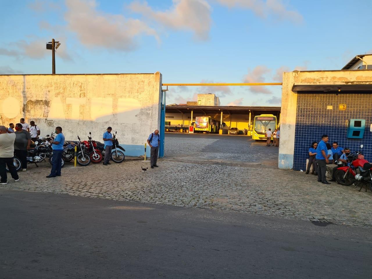 Rodoviários do transporte coletivo entram em greve em São Luís