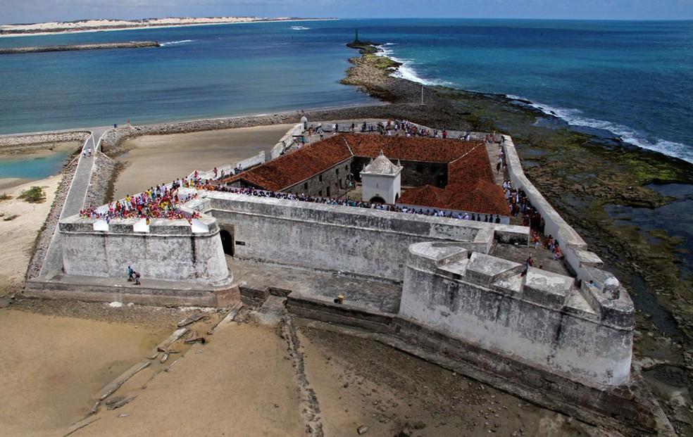 Fortaleza dos Reis Magos, na praia do Forte — Foto: Canindé Soares