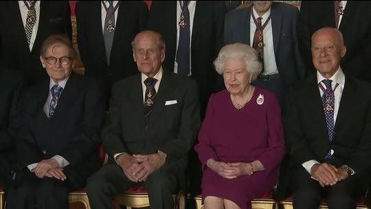 Casa Real abre vaga para gerente das redes sociais da rainha