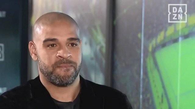 O ex-jogador Adriano