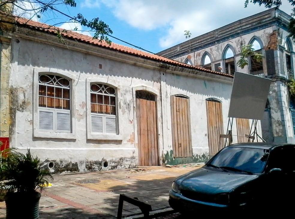 Residências estavam fechadas antes de passarem por reformas  â?? Foto: Manauscult