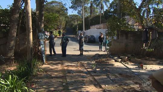 Criança ferida após caminhão invadir casa em Pedreira é transferida para o HC da Unicamp