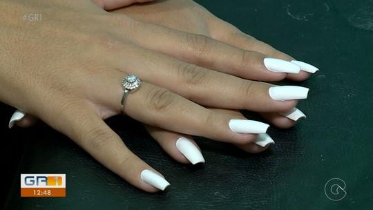 Roer as unhas pode ser consequência de problemas psicológicos