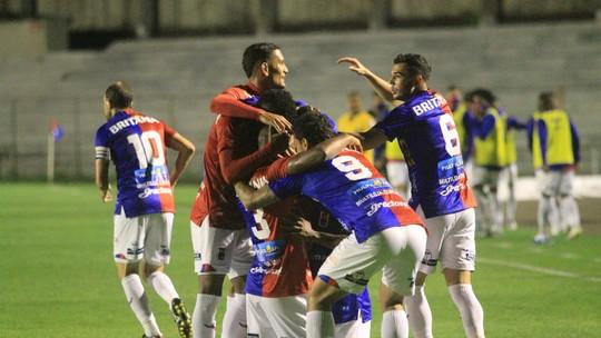 Foto: (Rui Santos/Paraná Clube)