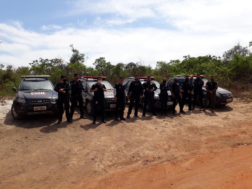 Parte da equipe que atuou na operação — Foto: Polícia Civil / Divulgação