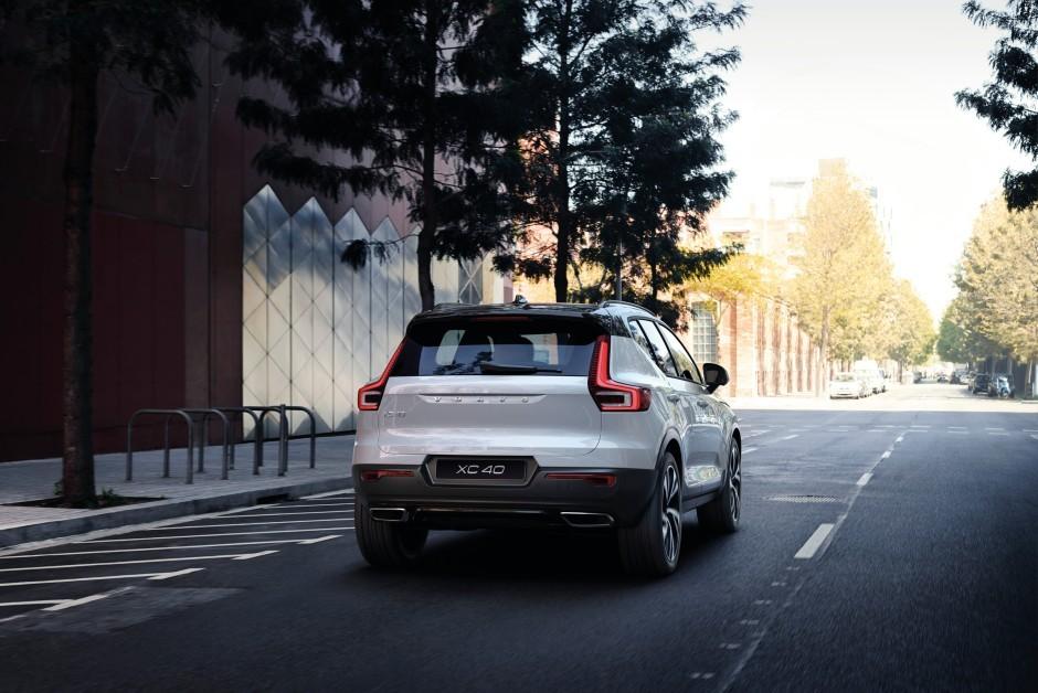 Volvo XC40 - Híbrido -  Traseira -  (Foto: Divulgação/Volvo)