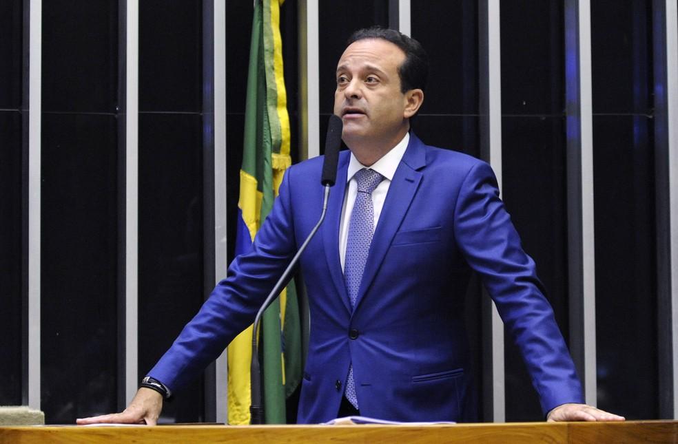 O deputado André Moura (PSC-SE) durante discurso no plenário da Câmara em novembro deste ano — Foto: Luis Macedo/Câmara dos Deputados