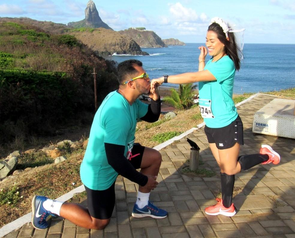 Godofredo e Luana estão em lua de mel e participaram da 21k Noronha  — Foto: Ana Clara Marinho/TV Globo