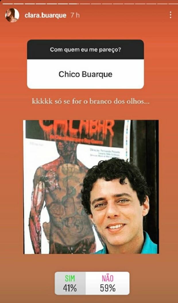 Clara Buarque ironiza semelhança com Chico Buarque (Foto: Reprodução/Instagram)