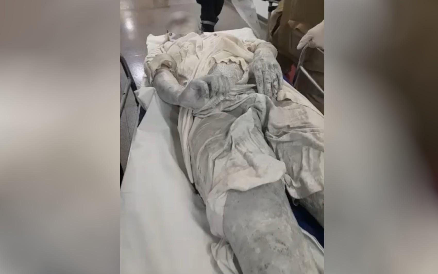 Mulher afirma à polícia que companheiro jogou tinta em seu corpo durante discussão em festa com amigos, em Goiânia