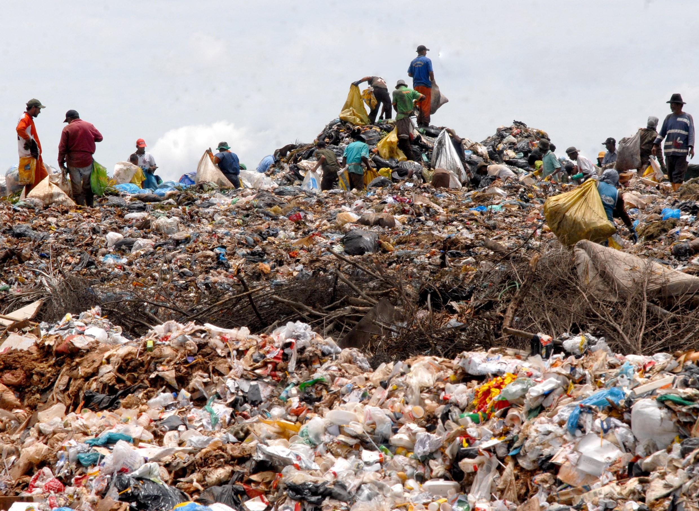 Brasil não conseguirá atingir as metas de descarte de resíduos sólidos (Foto: Wikimedia Commons )