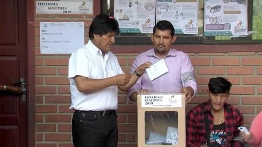 Morales lidera apuração da eleição na Bolívia, mas deve enfrentar 2º turno