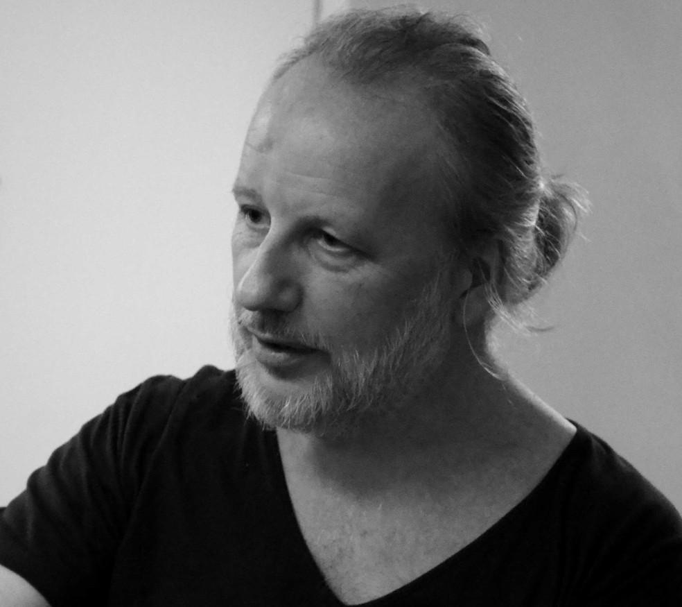 Professor e ator Hugo Moss — Foto: Assessoria/Divulgação