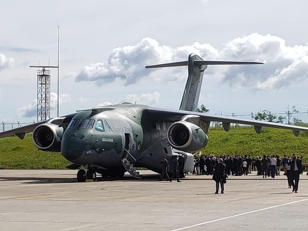 Aviões carregados com doses da CoronaVac serão enviados aos estados brasileiros  — Foto: Tatiana Santiago/G1