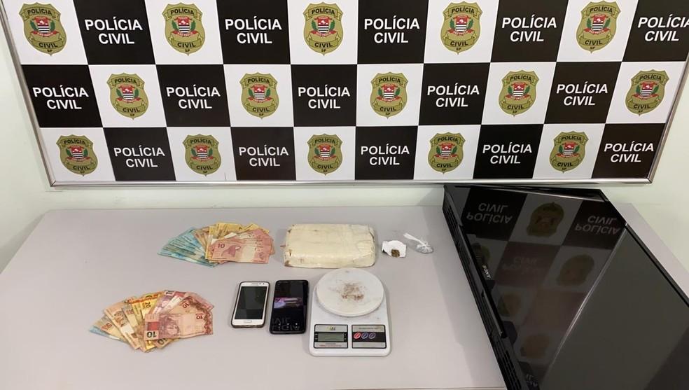 Suspeito de integrar quadrilha que furtou banco foi encontrado com drogas em Jaú — Foto: Polícia Civil/Divulgação