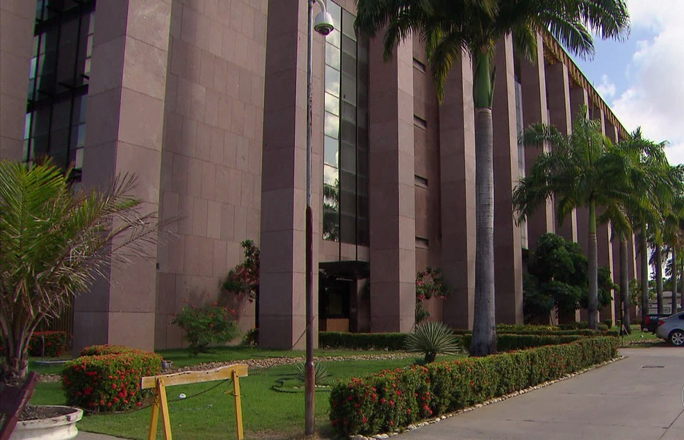 Julgamento foi realizado no Fórum Desembargador Rodolfo Aureliano, na capital pernambucana (Foto: Reprodução/TV Globo)