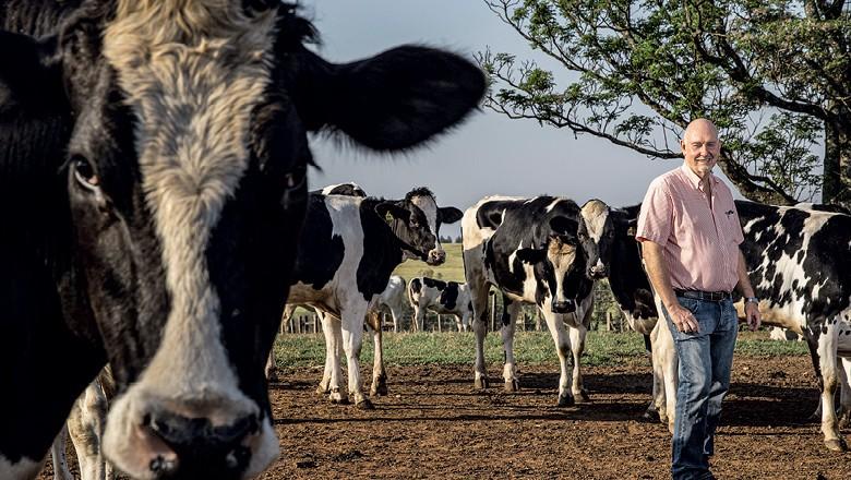 As cooperativas mais ricas do Paraná - Bauke Dijkstra, pecuarista  em Carambeí  (PR), associado  da Frísia (Foto: Sergio Ranalli)