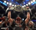 Fabrício Werdum - estrela do UFC 198 - comemora a conquista do título do UFC contra Cain Velásquez | Divulgação
