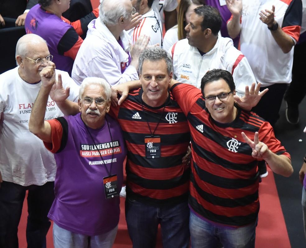 Landim e Dunshee durante as eleições no Flamengo — Foto  André Durão    GloboEsporte. 1a5e19242878c