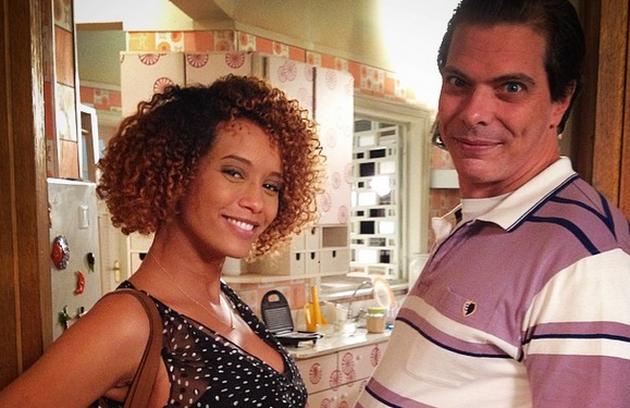 Luiz Henrique Nogueira brinca com a gravidez de Taís Araújo: 'Barrigada' (Foto: Reprodução)