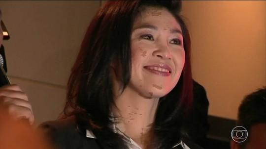Ex-premiê tailandesa Yingluck Shinawatra deixa país antes de veredito de julgamento; tribunal decreta prisão