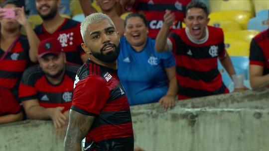 Gabigol encontra menino que serve de inspiração para comemoração dos gols na vitória do Flamengo