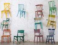 Cadeiras coloridas: 11 opções para uma combinação divertida à mesa