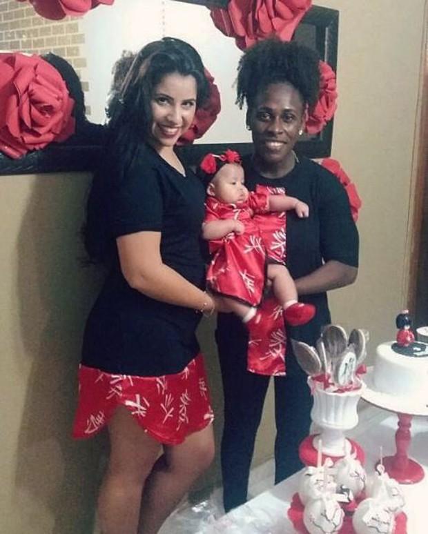 Neném, Thais Baptista e a filha, Valentina (Foto: Reprodução/Instagram)