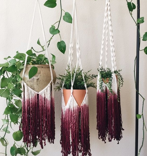 Suporte para vasos com franjas (Foto: Pinterest/ Reprodução)