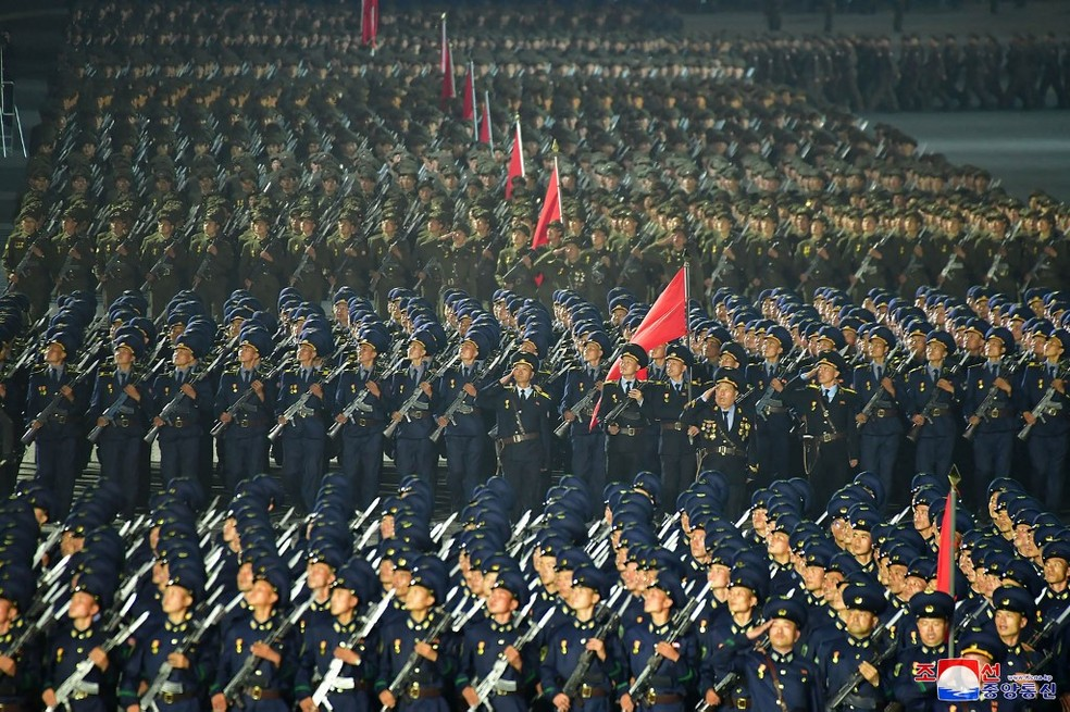 Imagem de desfile na Coreia do Norte, em 9 de setembro de 2021 — Foto: Stringer/KCNA via KNS/Via AFP
