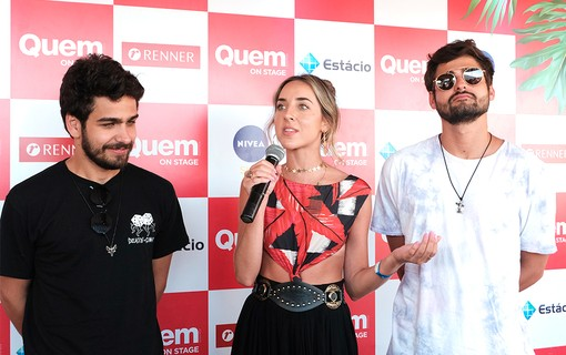 Giulianna Campos com o duo Cat Dealers no QUEM On Stage
