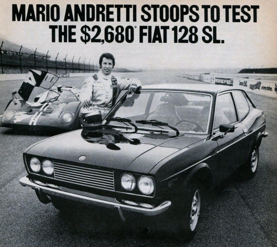 O americano Mario Andretti posa ao lado de um Fiat 128 SL (Foto: Reprodução)