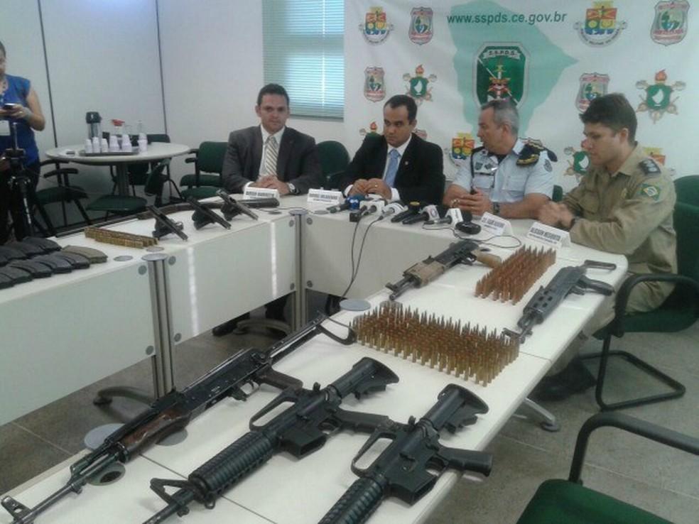 Armas apreendidas no Ceará serão doadas para a polícia (Foto: André Alencar/TV Verdes Mares)