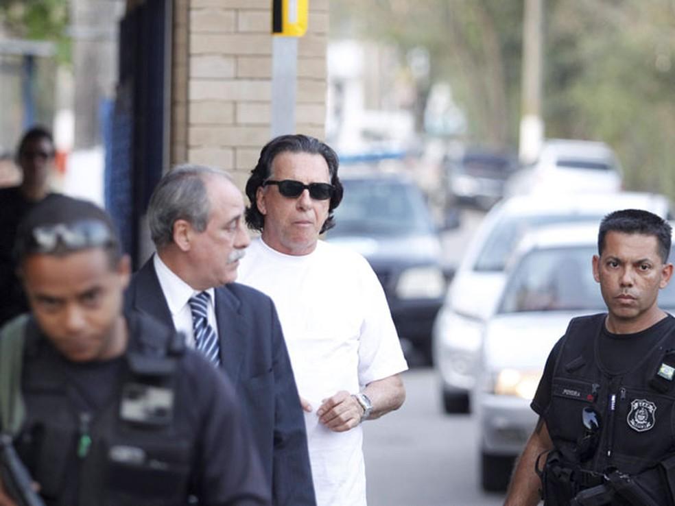 Ex-banqueiro Salvatore Cacciola deixa prisão no Rio — Foto: Fabio Rossi / Agência O Globo
