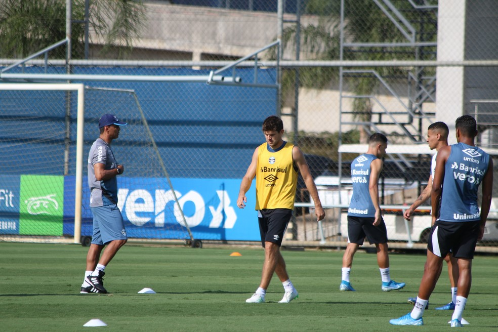 Kannemann em treino do Grêmio — Foto: Eduardo Moura